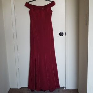 Dresses & Skirts - Petite maroon Prom or Bridesmaid Dress
